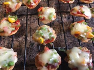 Papdi Pizza  for easy tea time snacks