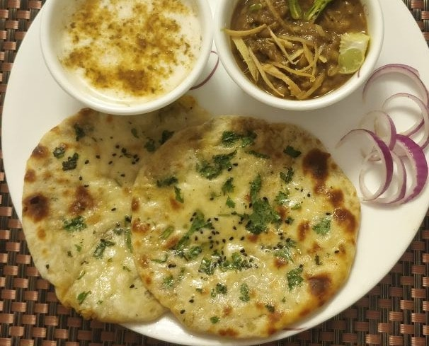 Amritsari Kulcha Without Yeast