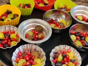 Put Fruits In muffin moulds
